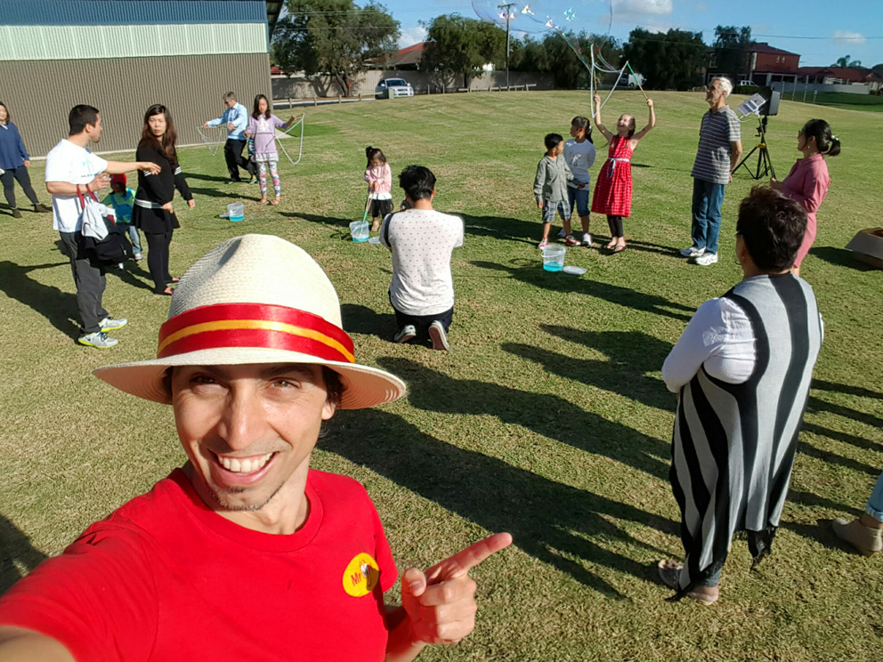 Bubble Man Adelaide kids clown entertainer