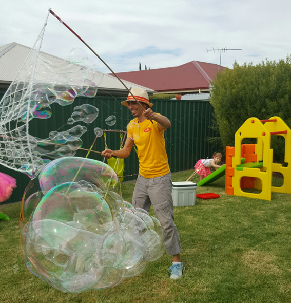 Mr Oopy and Bubbles, The Adelaide Bubble Man