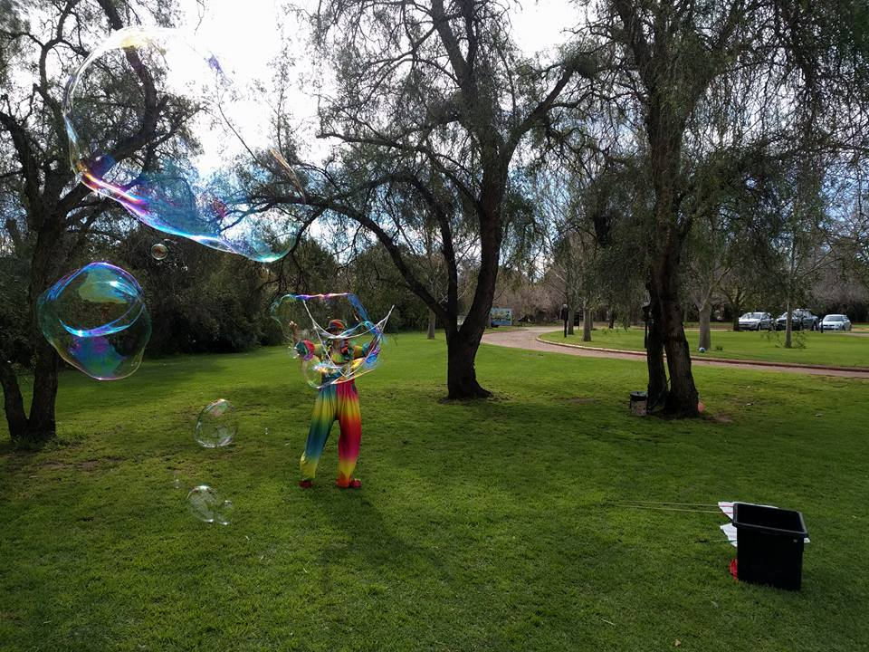 Bubble Man Adelaide Camp Quality Show