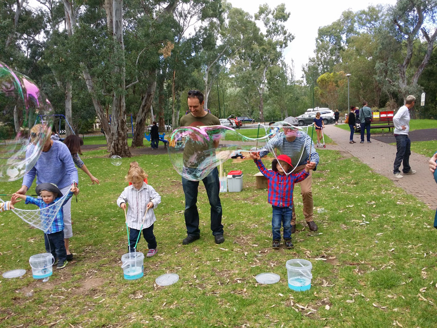 Bubble Man Adelaide Mr oopy at kids birthday party